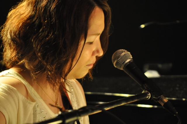http://www.kickbackcafe.jp/support2/report/%E6%9D%9F.JPG