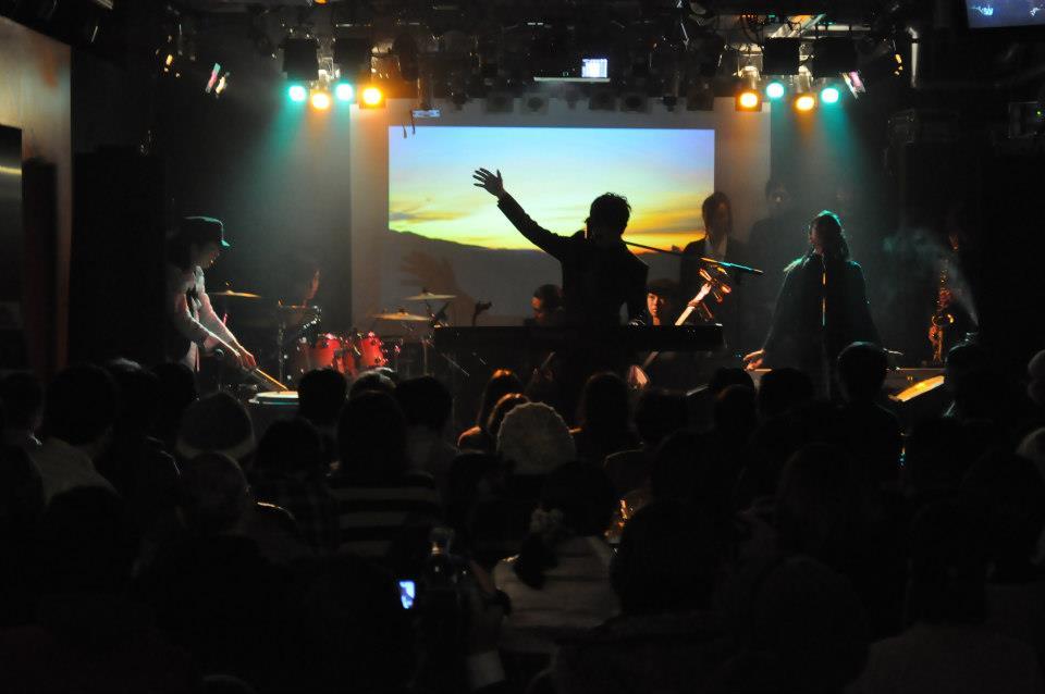 http://www.kickbackcafe.jp/support2/report/404853_539395632747751_2045968808_n.jpg